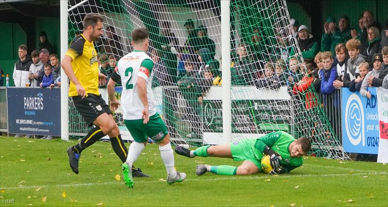Gate lose to Lethbridge brace at Bognor
